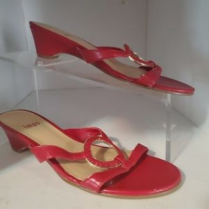IMPO RED open toes sandals. In the style Gwen. 6.5